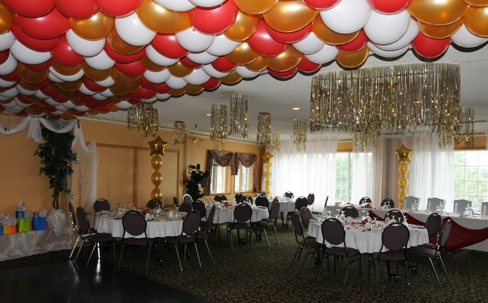 Balloon Ceiling Decorations For Wedding